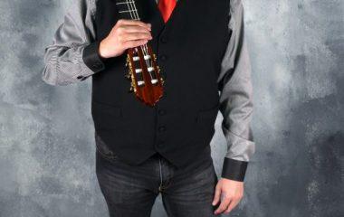 El guitarrista Marcos Puña