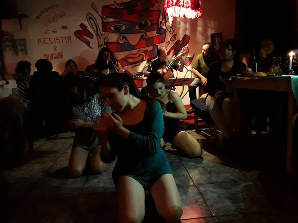 """Crónica de una noche en """"El Mercado"""""""