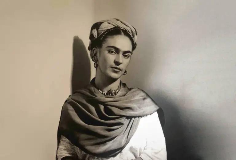 F 1 La pintora y artista mexicana Frida Kahlo