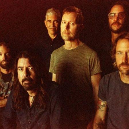 'Medicine at Midnight', el disco fiestero de Foo Fighters